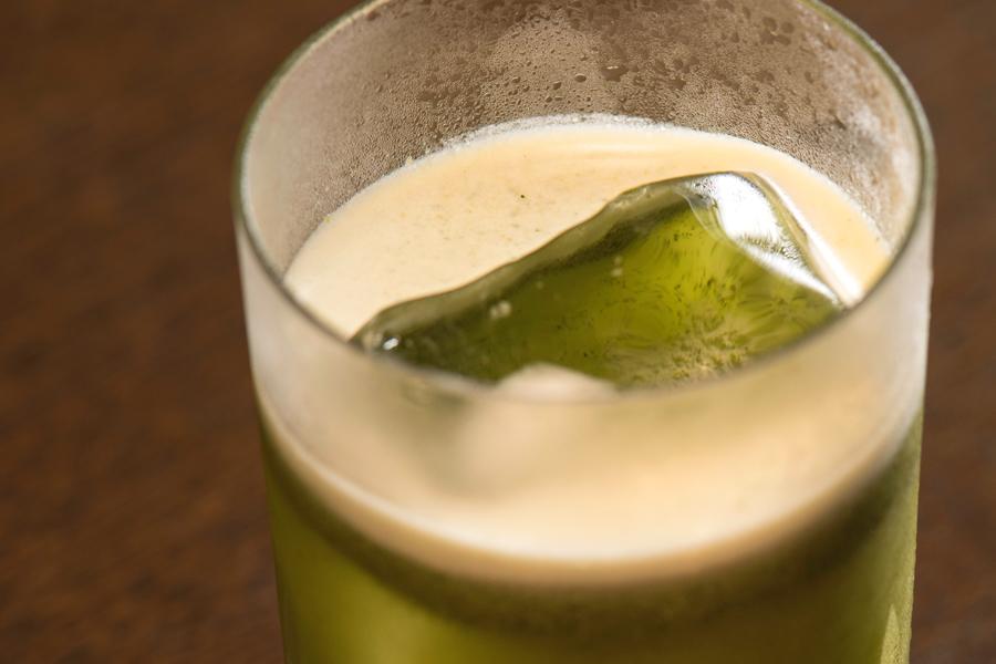 緑茶のカクテル